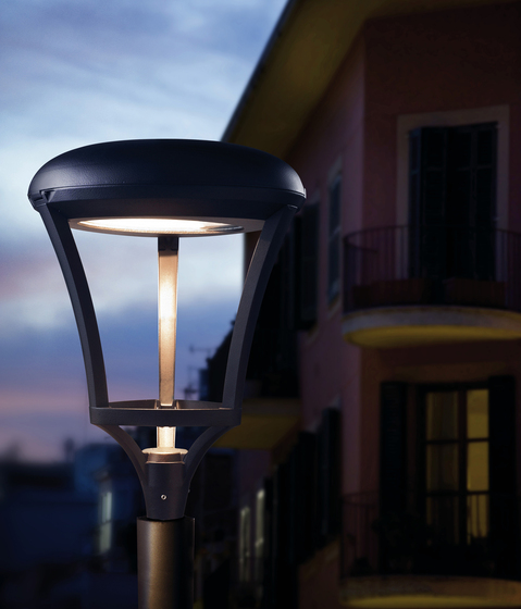 Meridian LED Mast light by LEDS-C4