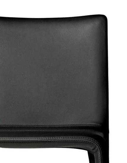 Joko soft leather by Kristalia