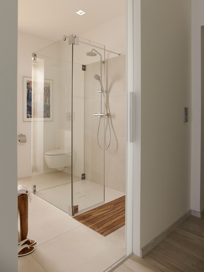 aco showerdrain walk in duschabl ufe duschroste von aco haustechnik architonic. Black Bedroom Furniture Sets. Home Design Ideas