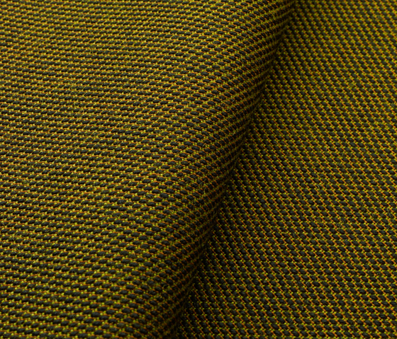 Steelcut Trio 2 515 by Kvadrat