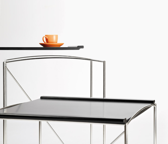 Tanabe Side table by Planning Sisplamo
