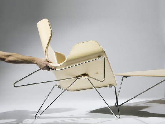 Mollis – Easy Chair by RVW Production
