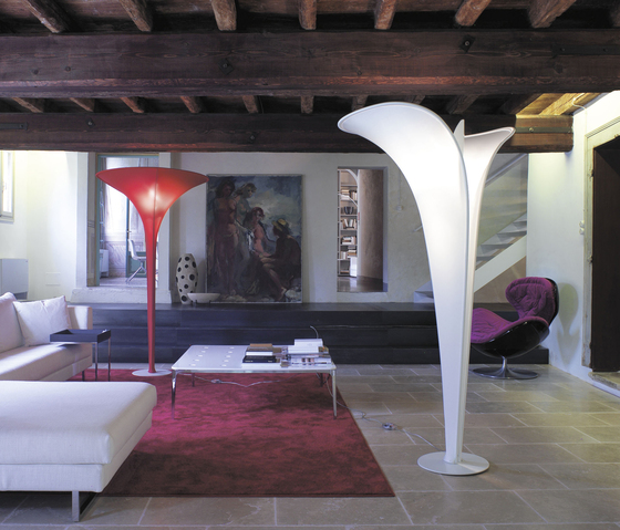 Arum Floor lamp by LUCENTE