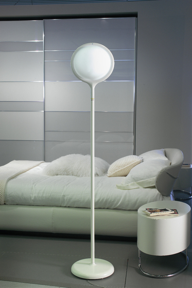 Project 03 Table lamp by LUCENTE