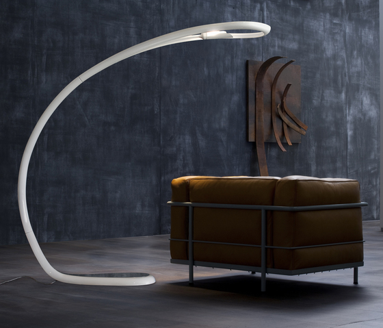 Semjase Floor lamp by LUCENTE