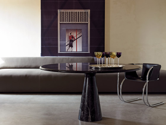 Table M by Agapecasa