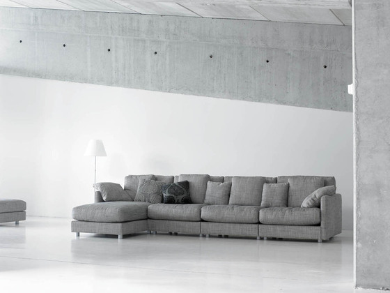 Triumph Sofa by GRASSOLER