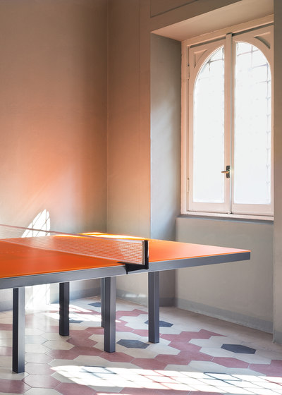 Pang Table | double von Skitsch by Hub Design