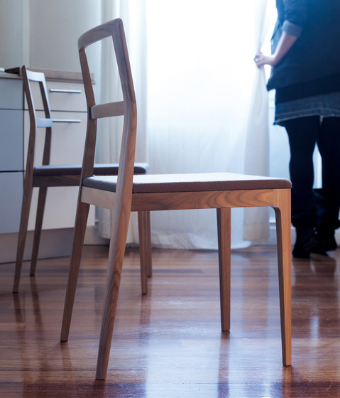 Biga Chair by Alki