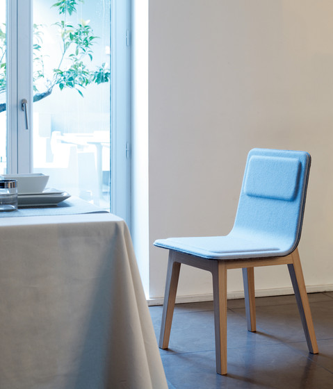 Laia Stool low back von Alki