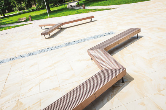 woody smart | Smart bench by mmcité