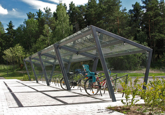 edge Bicycle shelter by mmcité