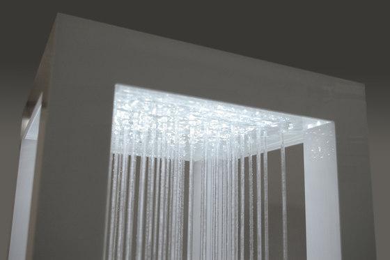 Rain3 [Raincube] high plinth di Oliver Kessler