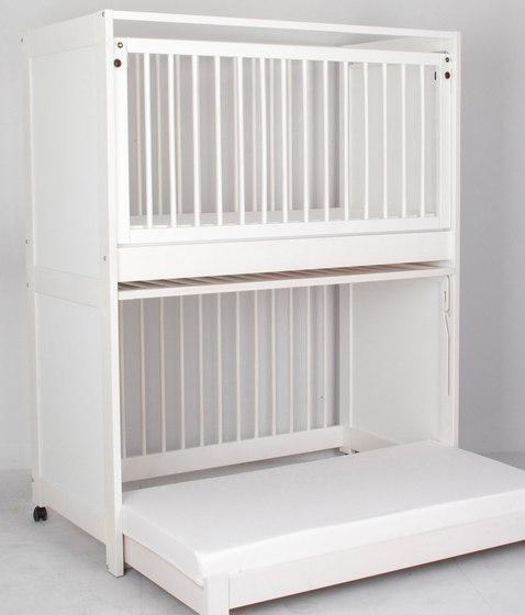 stacking bed beech  DBF-156-01 di De Breuyn