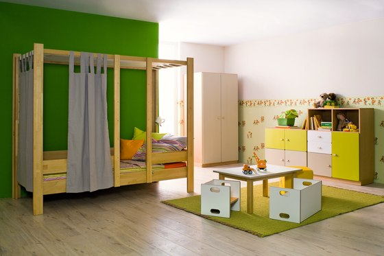 Play Bed Medium DBB-100B by De Breuyn