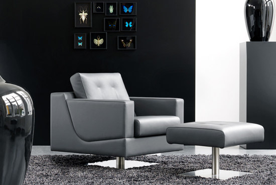 Cuno Armchair by Leolux
