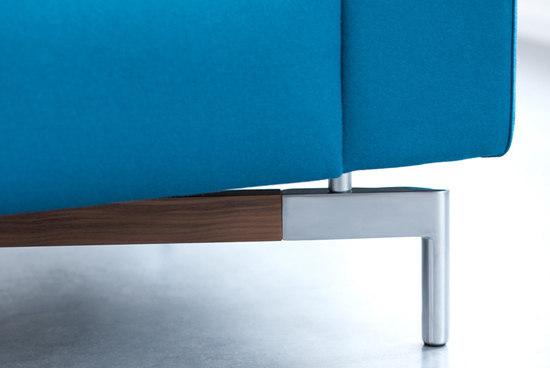 Howlo Armchair by Leolux