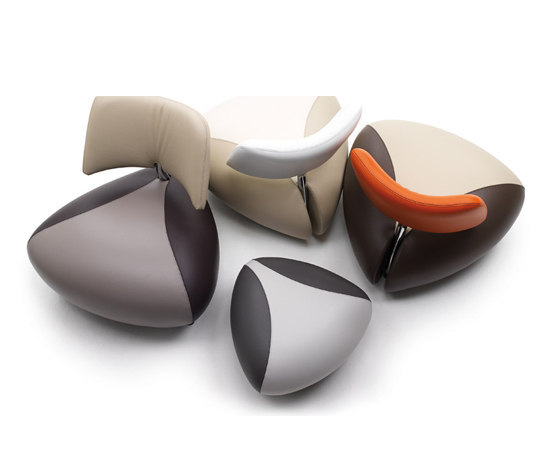 Pallone Armchair by Leolux