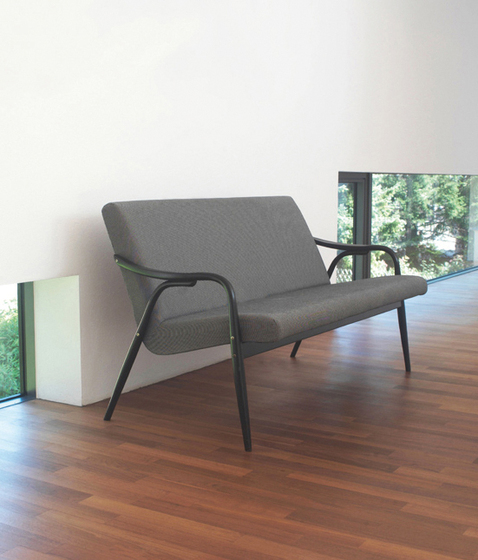 Bruxelles bench by TON