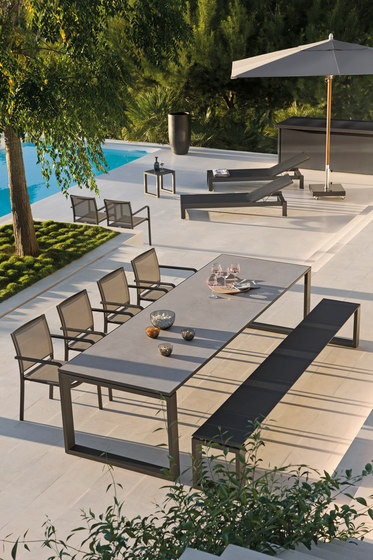 Fuse Rectangular dining tables di Manutti