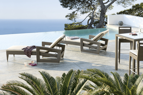 Long Beach open-lounger by Manutti