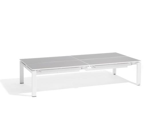 Trento coffeetable by Manutti