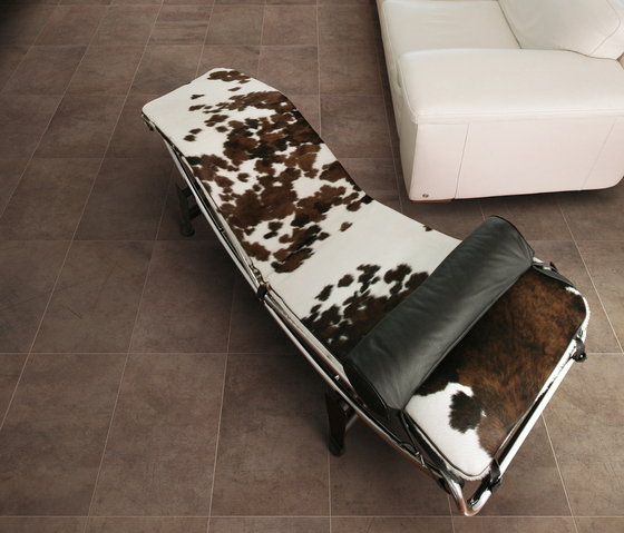 Graffiti Corda Floor tile by Refin