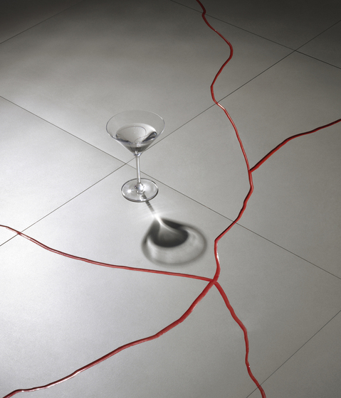 Terraviva Carbon-red Floor tile by Refin