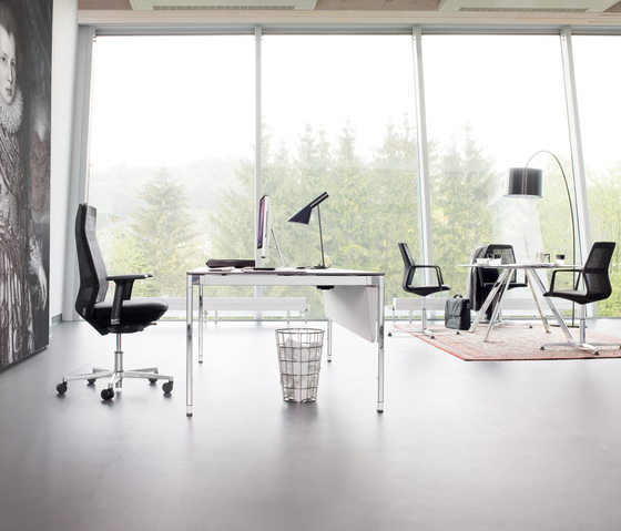 ayo swivel chair de Wiesner-Hager