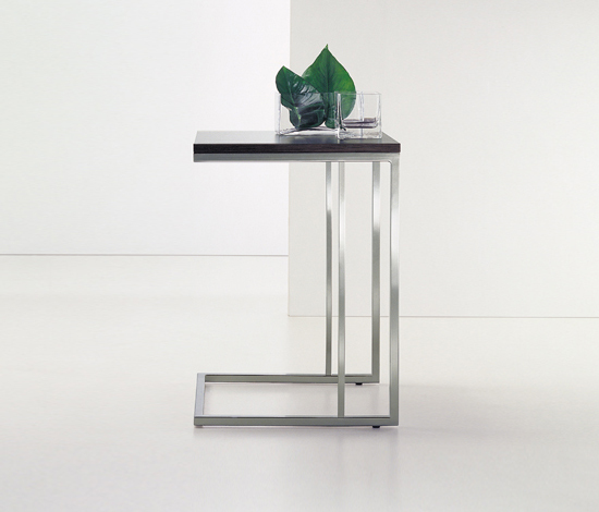 Side Table* de PEDRALI