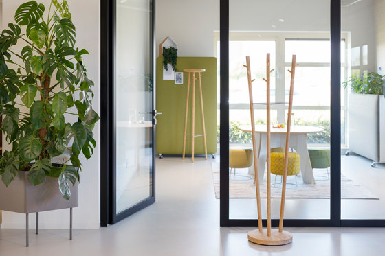 Twist coat stand by Cascando