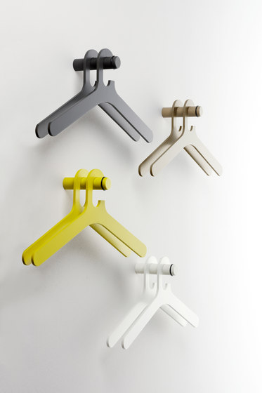 Pole coat hanger by Cascando