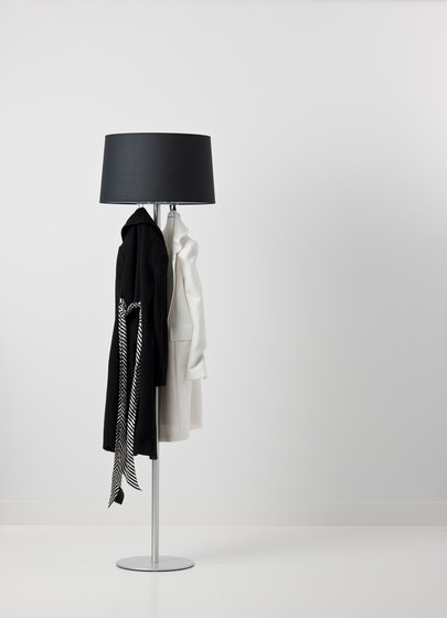 Coat lamp de Cascando