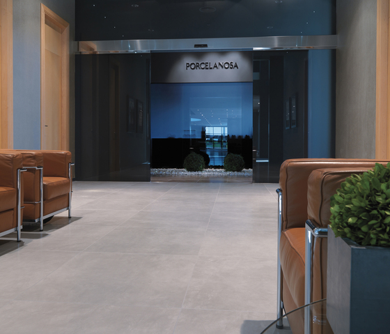 Microcemento Gris by Porcelanosa