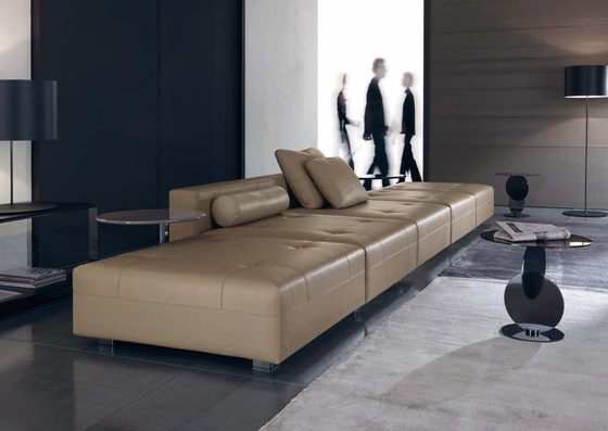 Wearing Button down Chaise Longue * by Minotti