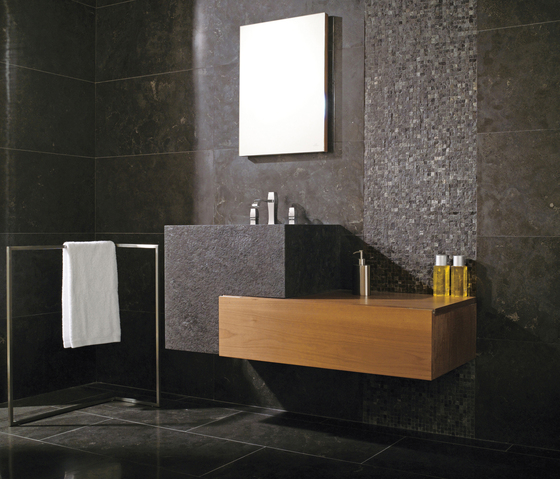 Calizas Belgian Blue Natur by Porcelanosa