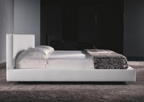 Bartlett Bed by Minotti