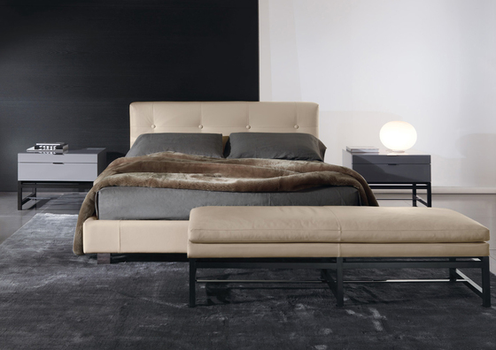 Wearing Bed * by Minotti