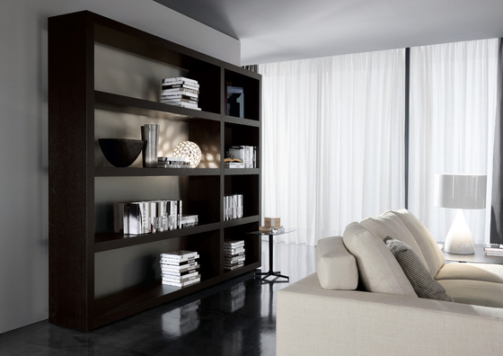 Johns Up by Minotti