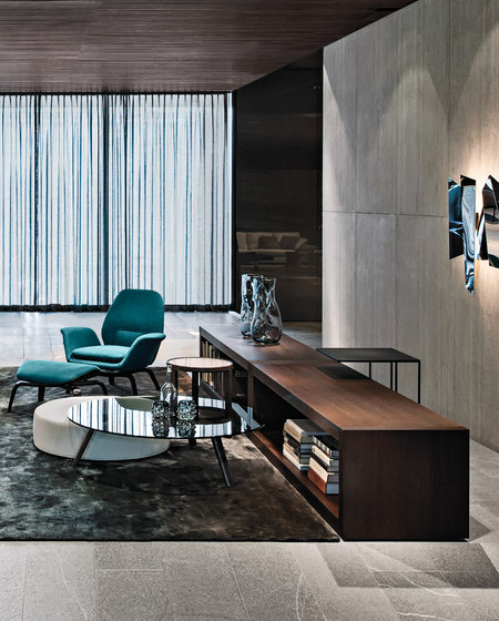 Johns Low by Minotti