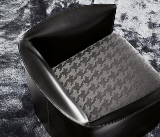 Case Armchair di Minotti