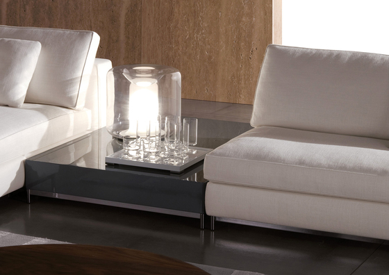 Albers Side table di Minotti