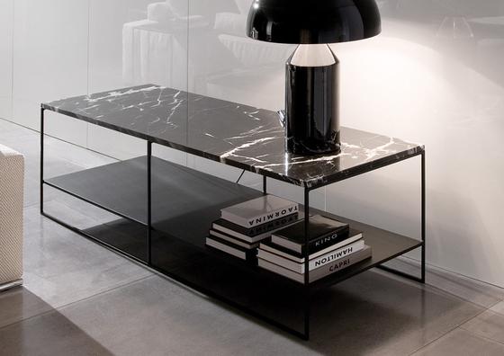 Calder side table by minotti calder product - Table basse design verre et metal ...