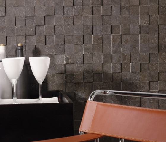 Classico Strip Habana Brown Modul by Porcelanosa