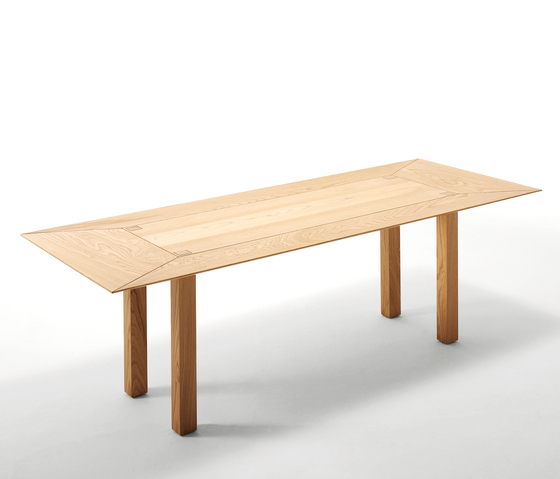 Hot Tuna table by Spazio RT