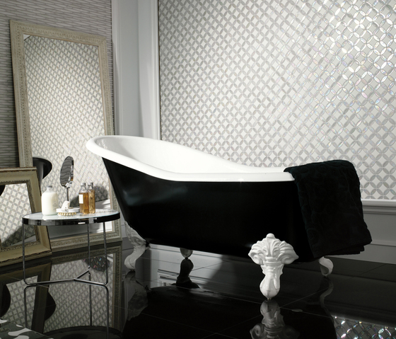 Victorian Diamond Negro Marquina Mirror by Porcelanosa