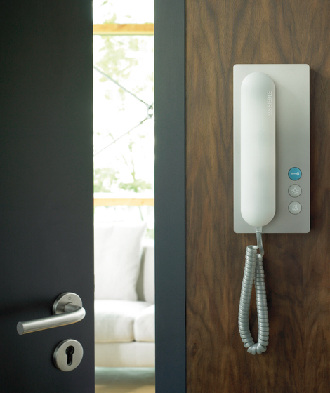 Deluxe handsfree telephone by Siedle