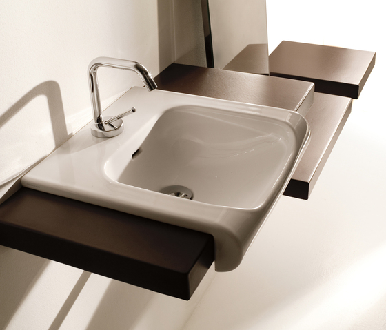 Inka Washbasin 40 + wall-mounted cabinet 40 by Kerasan