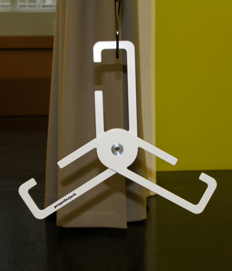 propellerjack PJ01 Coat hanger by DEGAS