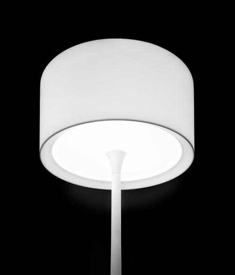 dot M-2907X table lamp di Estiluz
